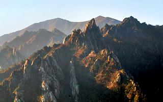 束草・雪岳山(ソッチョ・ソラクサン)のエリアガイド|韓国旅行「コネスト」