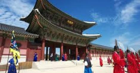 ソウルの有名観光地「景福宮(キョンボックン)」! | 韓国情報サイト 모으다[モウダ]