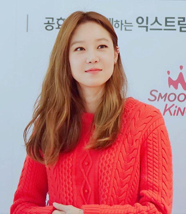 韓国人女子の間でコン・ヒョジンの美貌が話題に!