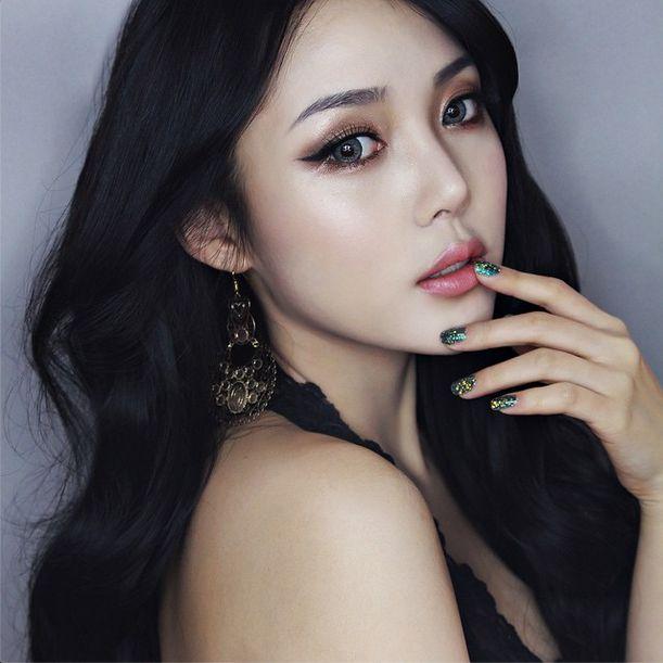 美人すぎる韓国人メイクアップアーティスト「PONY」の過去が話題♡に投稿された画像