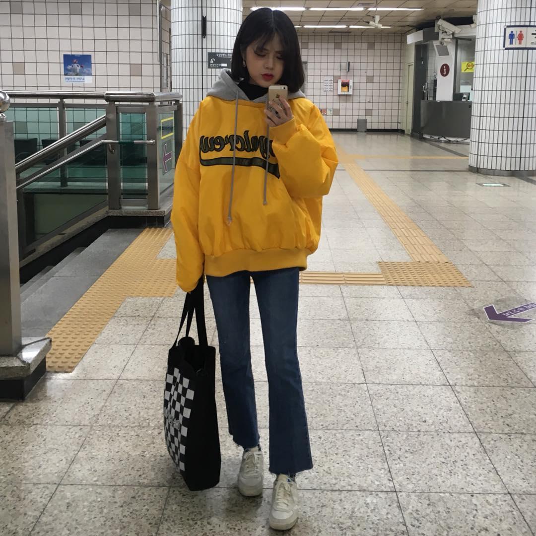 e7b34170212 韓国のストリート女子をマネしたい♡ストリートファッションに必需のアイテムをご紹介!に投稿された画像